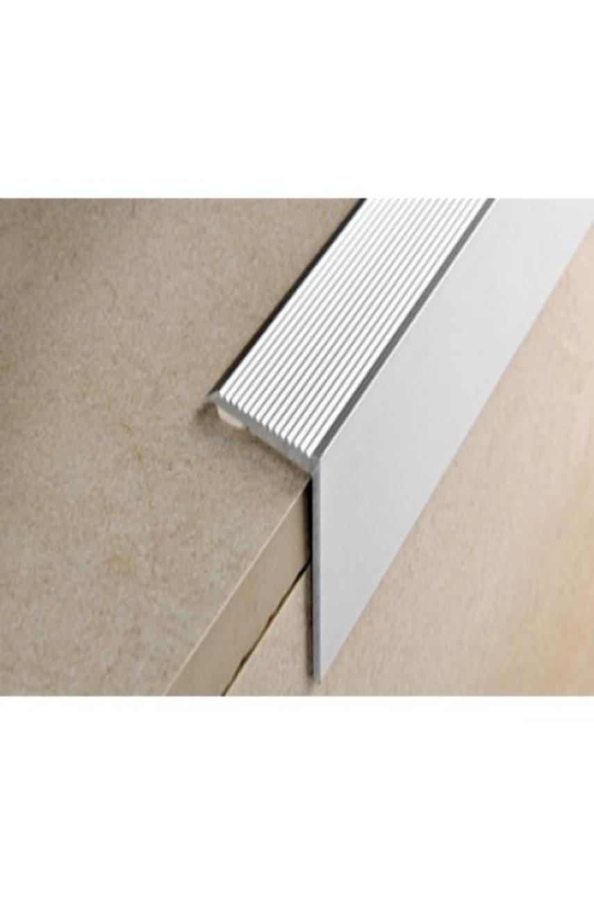 Порог для ступени алюминиевый анодированный 30х30мм 0,9м PWKААF 309 серебро Progress profiles