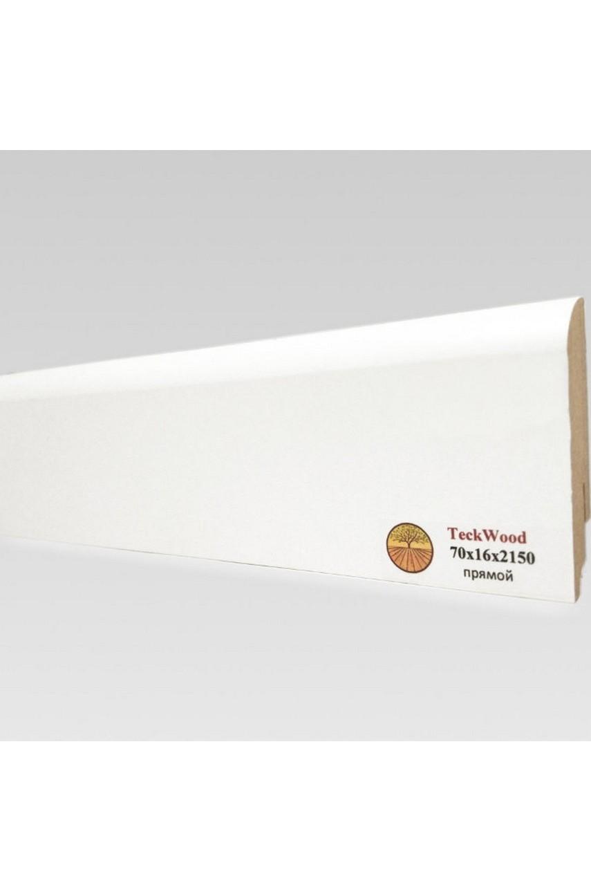 Плинтус напольный TECKWOOD белый прямой (70х16)