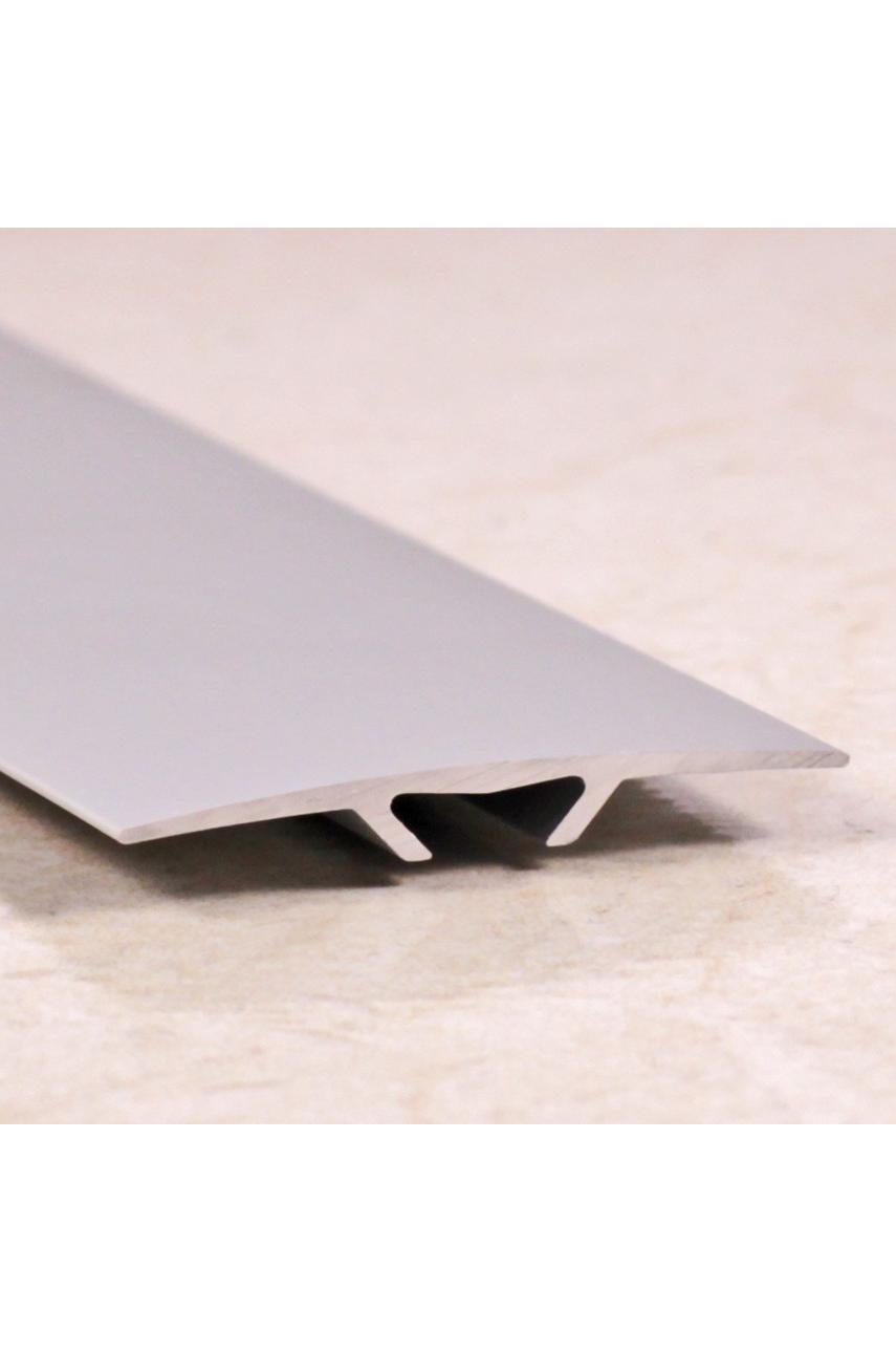 Алюминиевый порог гладкий со скрытым креплением