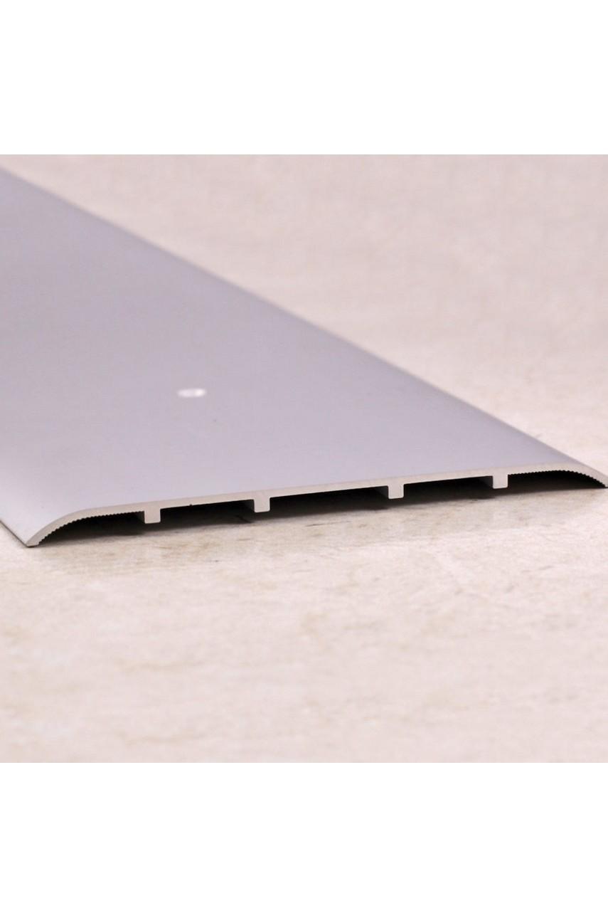 Алюминиевый порог гладкий с отверстиями ПО 100