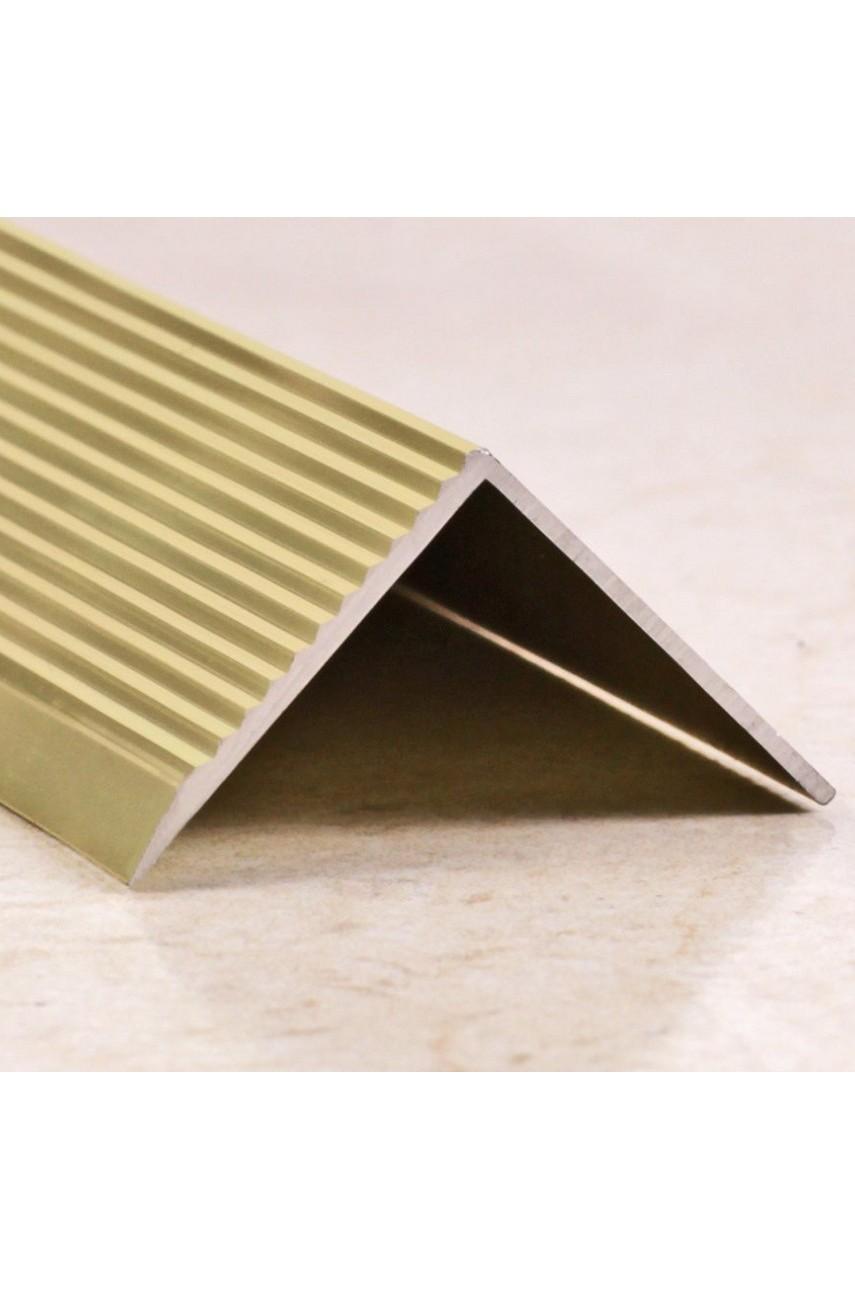 Алюминиевый угловой порог рифленый с отверстиями ПО 30х30