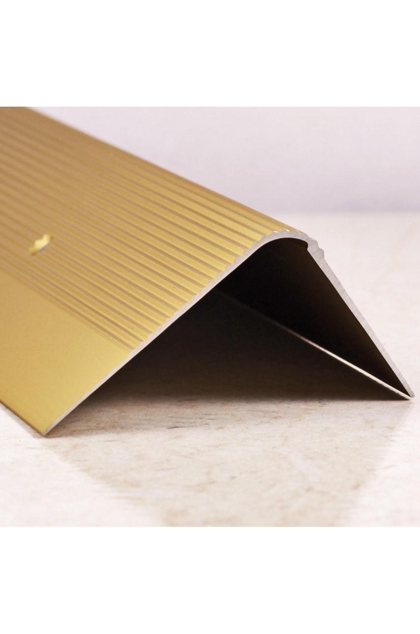 Алюминиевый угловой порог рифленый с отверстиями ПО 60х40